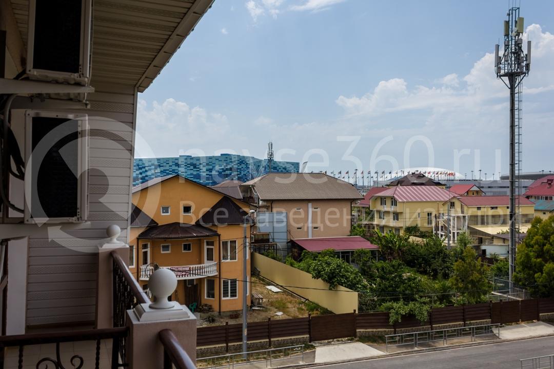 Вид из гостиницы Ani в Сочи 2