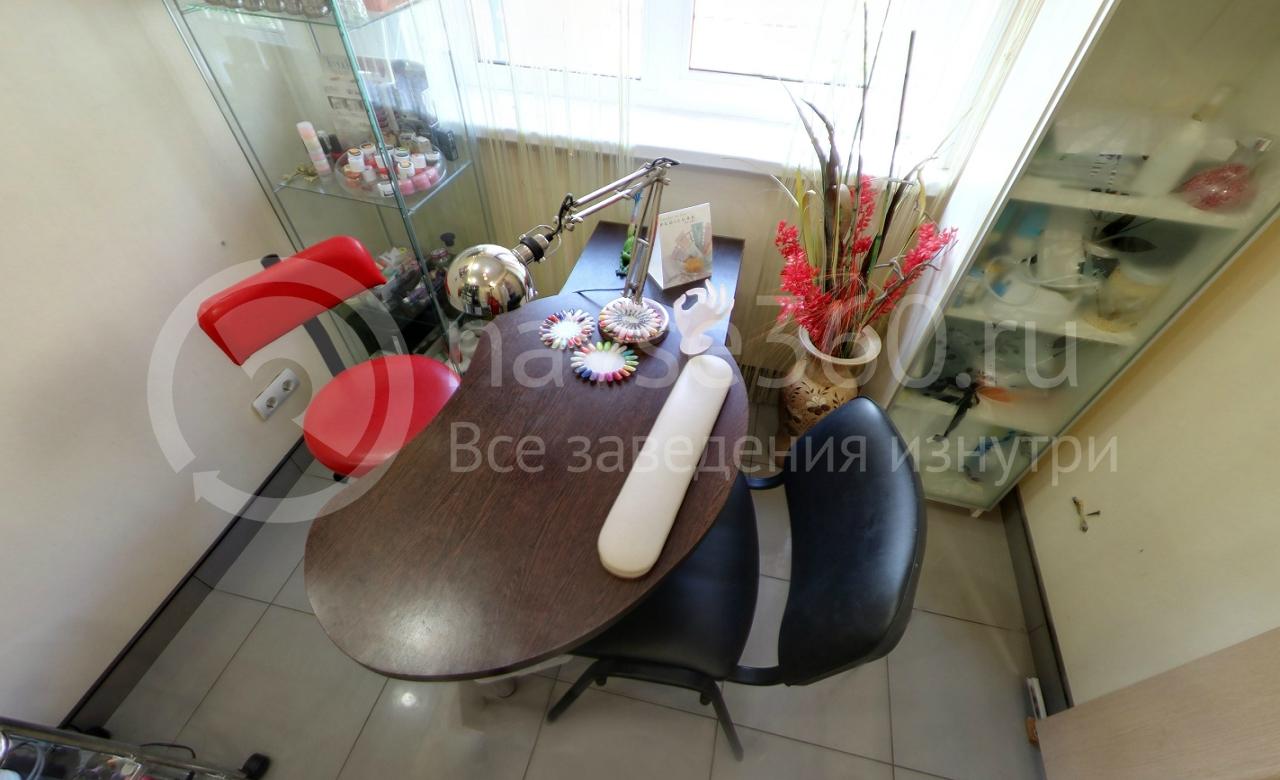 Парикмахерская студия Наталии Исаковой, маникюрная, салон красоты, стол, маникюрные принадлежности