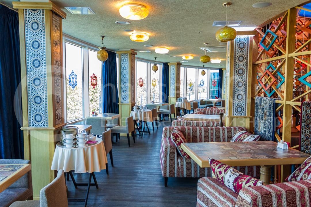 Вид внутри ресторана Торне, Сочи
