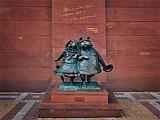Скульптура Гуляющие собачки
