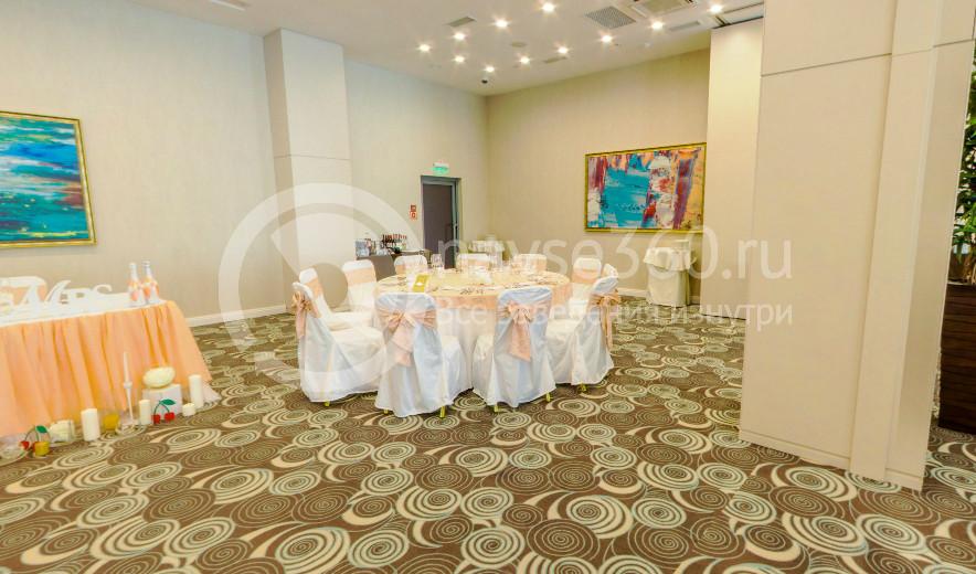 Рамада отель ресторан в Казани