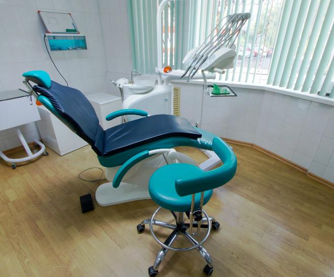 Порываев и К (Восстания), стоматология