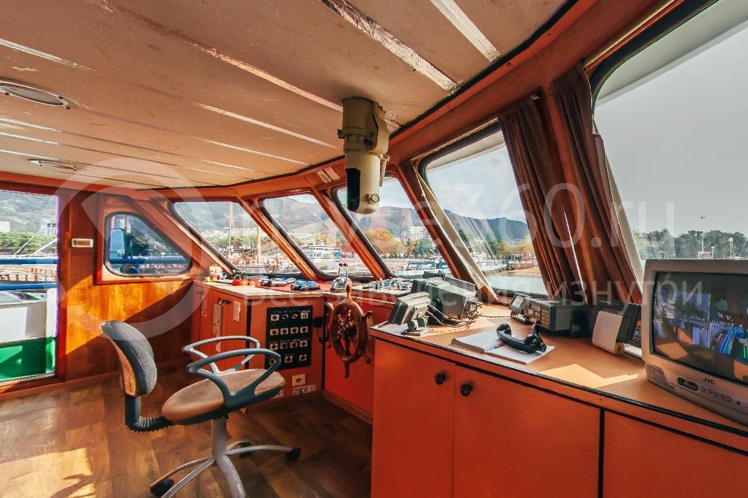 Саламандра, лайнер морские прогулки геленджик 07