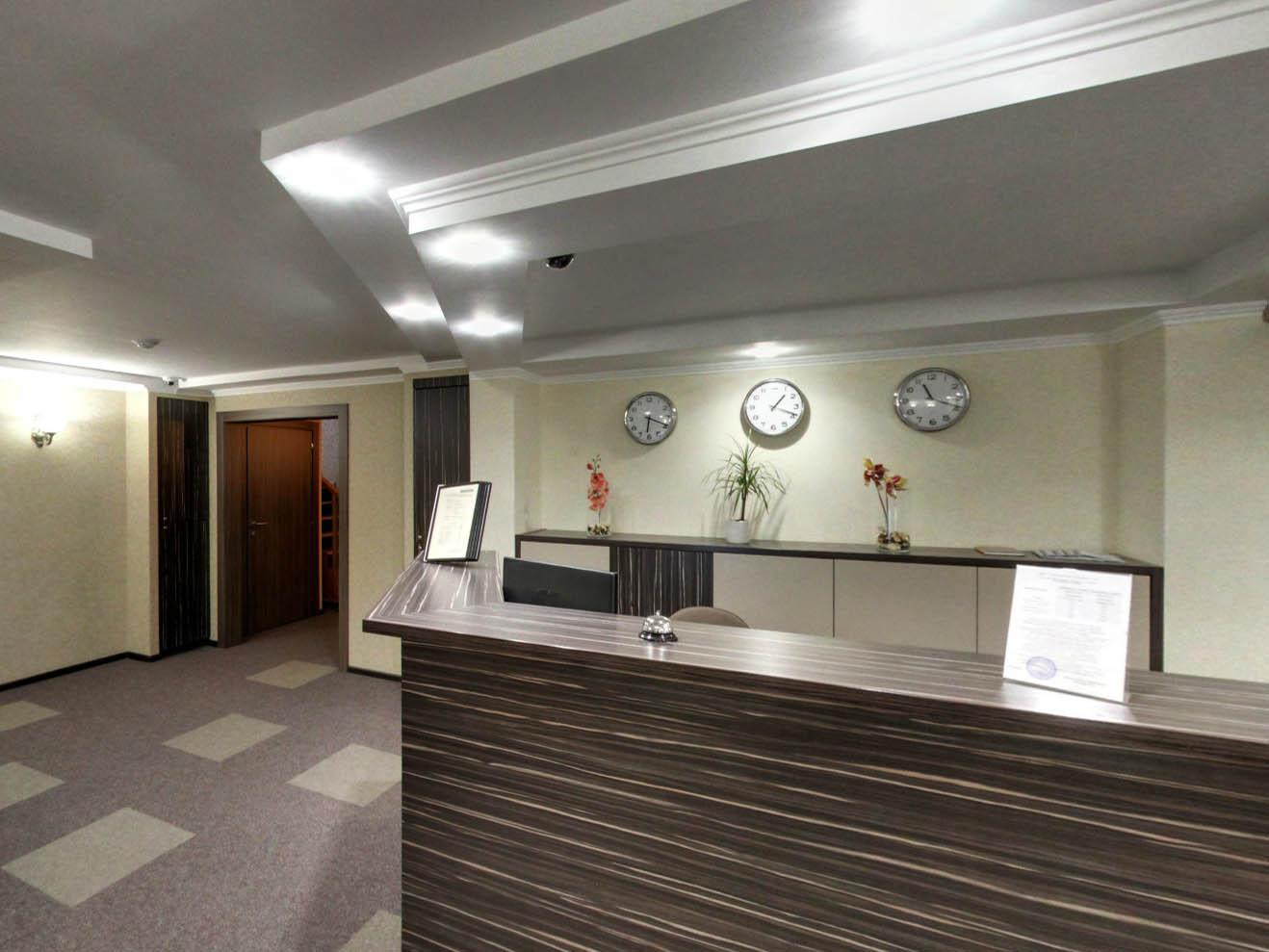 МАКСИМ Ъ, гостиница