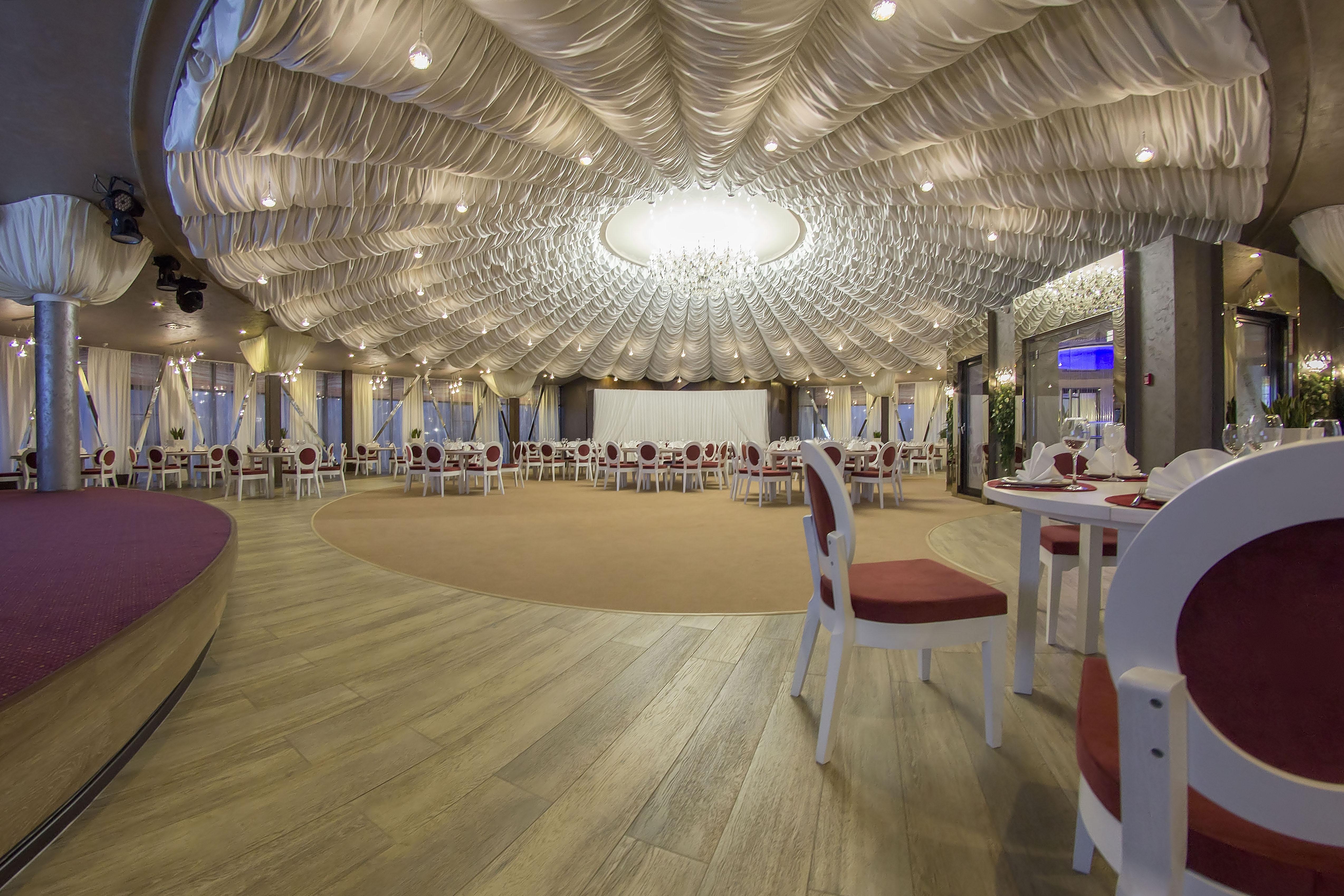 банкетный зал в Иркутске