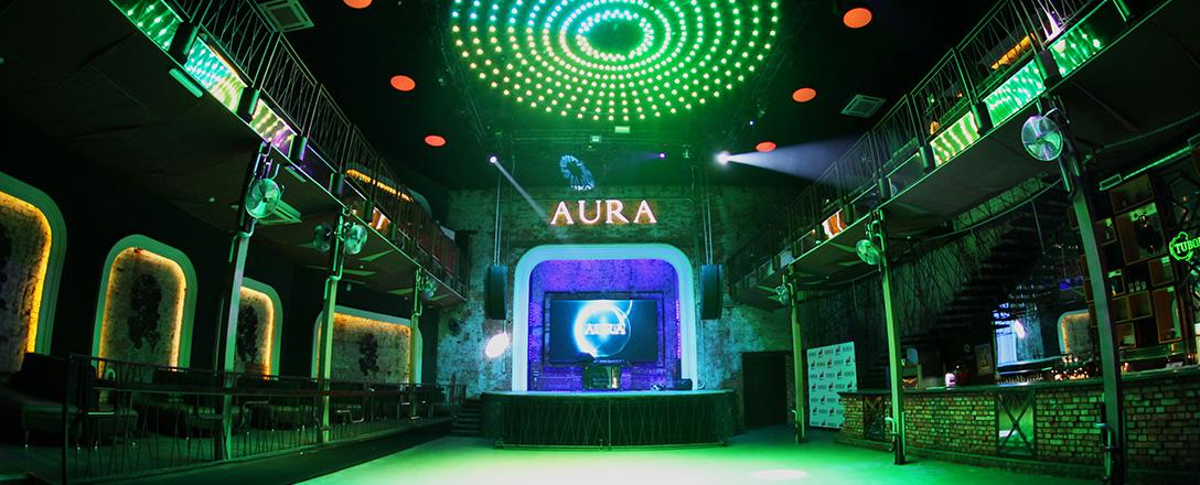 AURA, клуб
