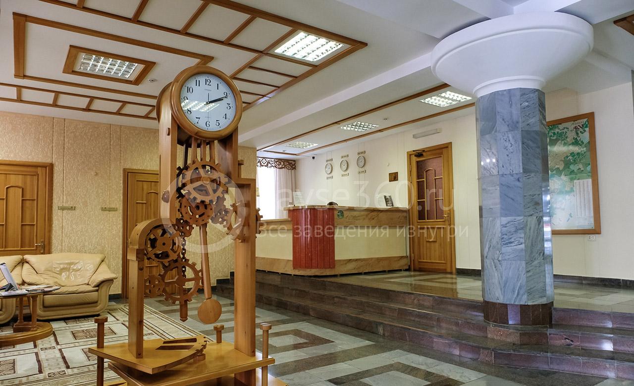 Гостиница Октябрьская, холл на сайте tomsk.navse360.ru