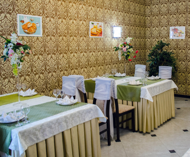 Тамле Булсын (На Шмидта), банкетный зал