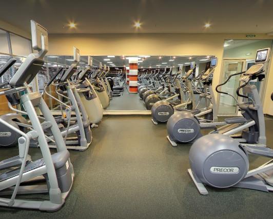 Планета фитнес Амирхана, сеть фитнес-центров