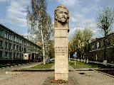 Памятник А.Ф. Иванову