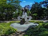 Каменный Якорь, памятник