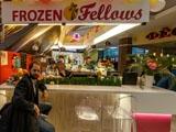 Frozen Fellows, кафе