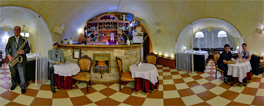 Ресторанчикъ 12 стульев