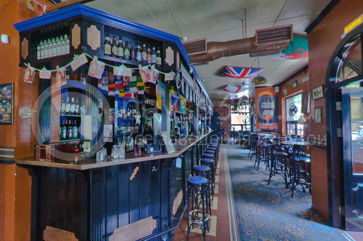 Harat`s Pub, на Московской Краснодар, бар