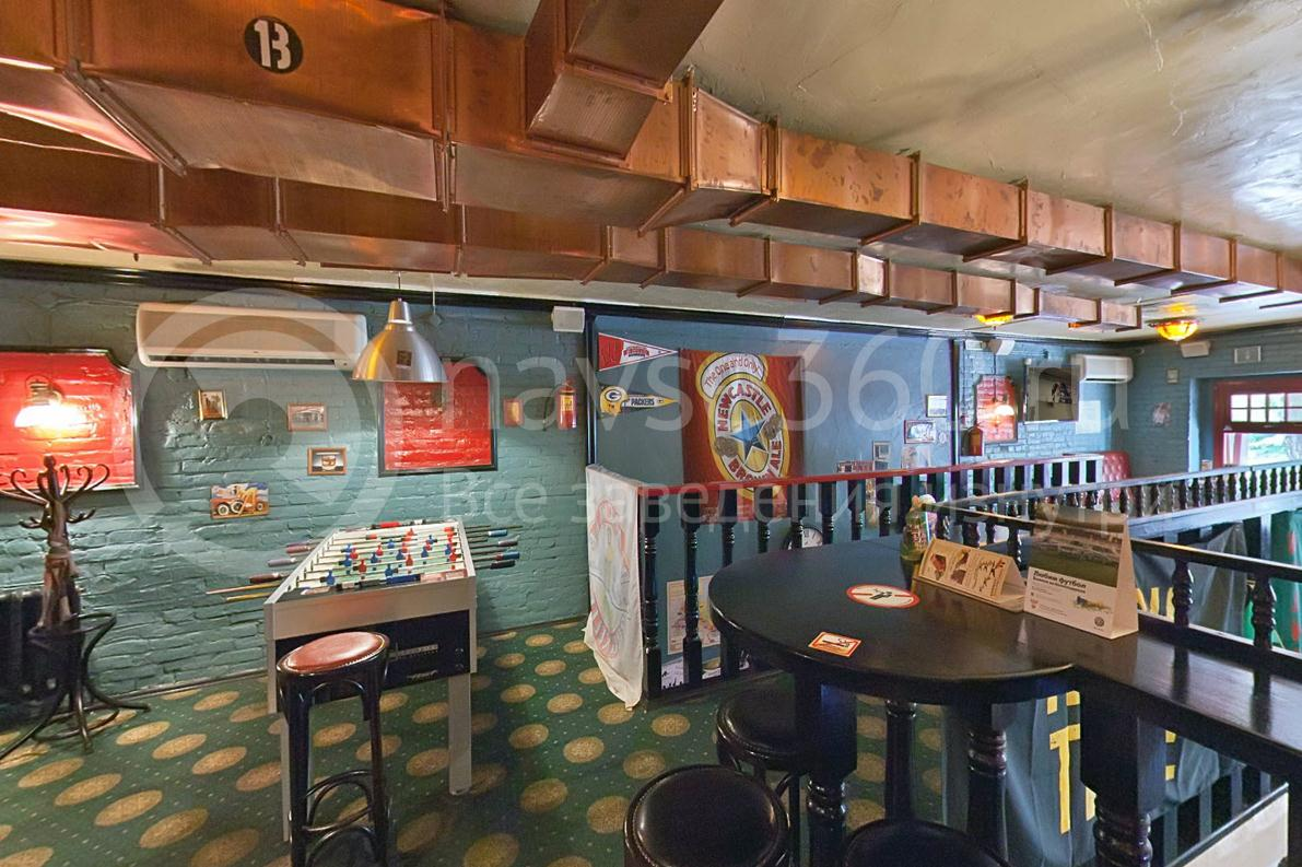 Harat`s Pub, на Красной, Краснодар, столы
