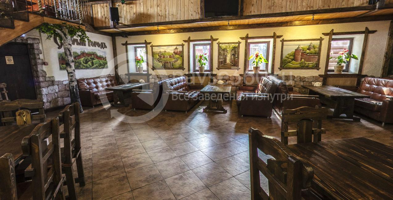 Основной зал кафе Старый городЪ